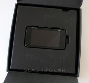 nokia-n900-unboxing-slashgear