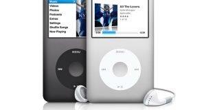 Tim Cook'a göre Apple iPod classic üretimini malzeme bulamadığı için bırakmış