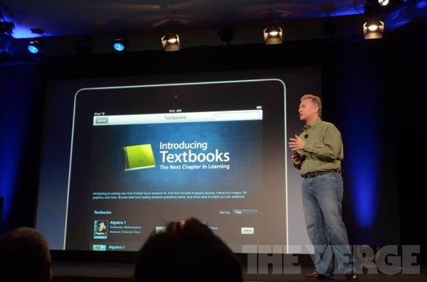 Apple iBooks 2'yi tanıttı, öğrenciler için yeni bir ders kitabı deneyimi geliyor