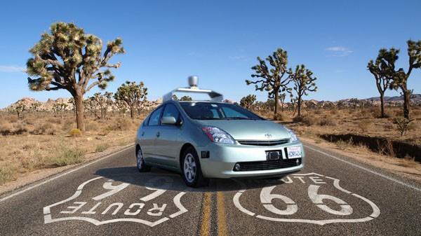 Google sürücüsüz arabasının üç ila beş yıl içinde hazır olmasını bekliyor