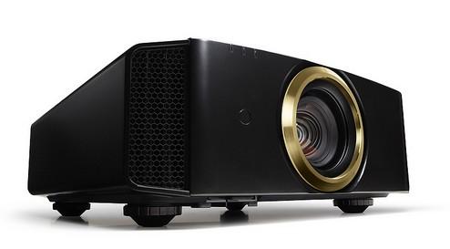 JVC çözünürlüğü 4K'ya yükselten projektörlerini tanıttı