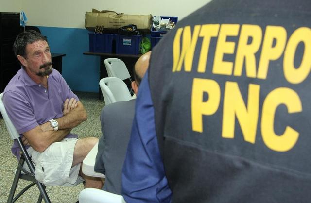 Üç haftalık kaçışın ardından John McAfee Guatemala'da tutuklandı