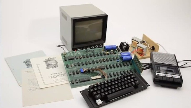 Apple-1 666 bin dolarlık rekor fiyatla alıcı buldu