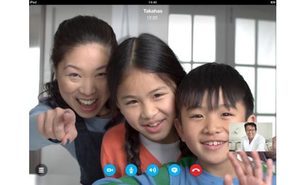 skype-ipad-4-1-120813