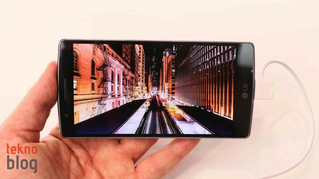 lg-g-flex2-on-inceleme-15