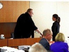 Megaupload kurucusu Kim Dotcom mahkemeye çıktı