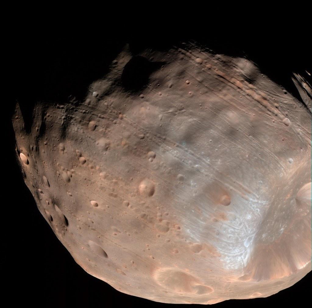 phobos-mars-uydu-241115