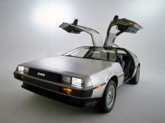 DeLorean için hazırlanan reklam filmi mesajı izleyiciye bırakıyor