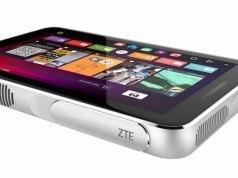 ZTE Spro Plus lazer projektör ile tam teşekküllü tableti birleştiriyor