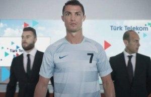 Ronaldo Türk Telekom 4.5G reklamı yıldızı oldu