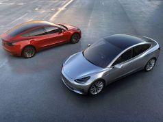 Tesla 2017'de 2 milyar dolardan fazla zarar etti