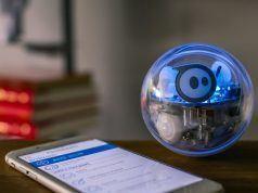 Sphero Spark+ yüzebiliyor, resim yapabiliyor ve kodlama öğretebiliyor