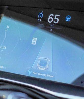 Tesla güvenlik kodunu diğer otomobil üreticilerine açacak