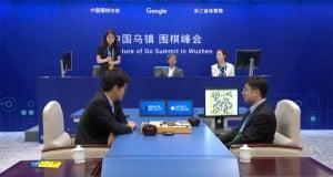 Google AlphaGo Go kariyerine noktayı koydu
