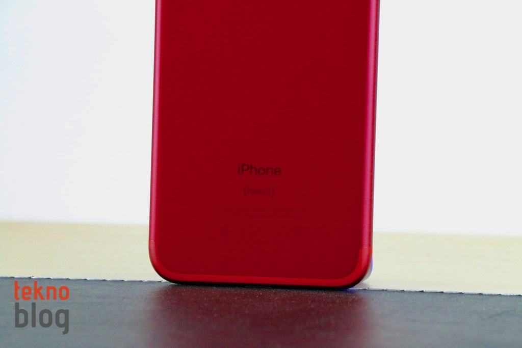 iphone-7-product-red-160517-0007