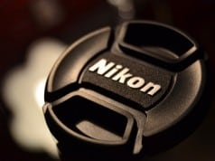 Nikon full frame bir aynasız fotoğraf makinesi üzerinde çalışıyor