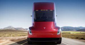 Tesla Semi için ilk büyük siparişini aldı