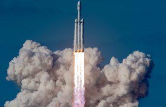 SpaceX Falcon Heavy ile Amerikan ordusunun uydularını uzaya taşıyacak