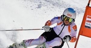 Apple Watch Series 3'te aktivite takibi sağlayan kayak ve snowboard uygulamaları