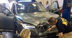 Arizona Uber'in sürücüsüz otomobil test lisansını askıya aldı