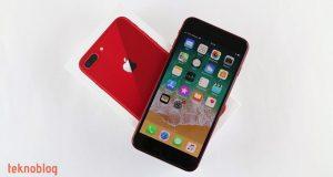 Video: Kırmızı iPhone 8 Plus Kutusundan Çıkıyor (Ön İnceleme)
