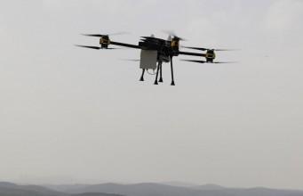 Uçan baz istasyonu Dronecell acil durumlarda hayat kurtaracak
