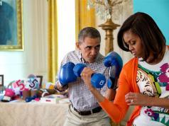 Netflix Obama çiftini ikna etmeyi başardı