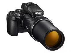 Nikon Coolpix P1000 125x zoom yapabilen lensle geliyor