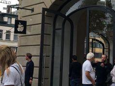 Apple Amsterdam mağazası aşırı ısınan iPad pili nedeniyle boşaltıldı