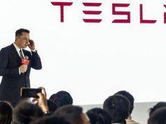 Elon Musk Tesla'yı borsadan çekmek için kaynak arıyor