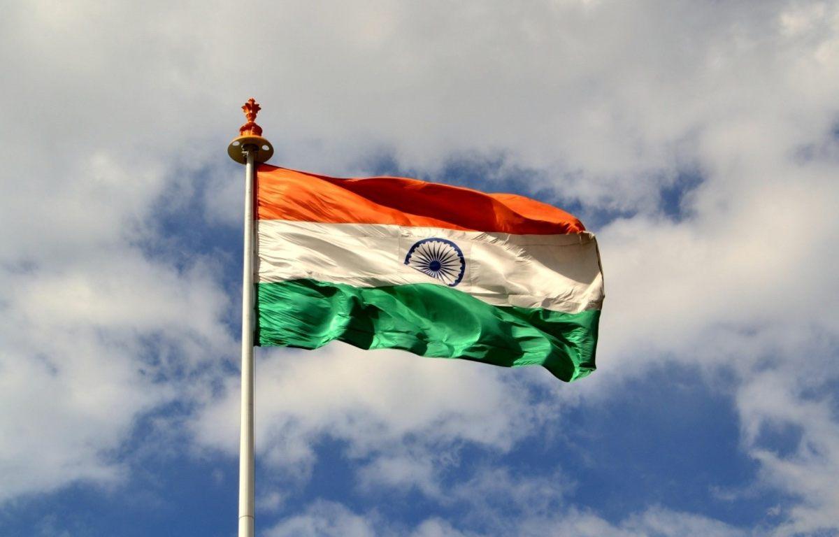 Hindistan bulut şirketlerinden verileri ülkede saklamalarını isteyebilir