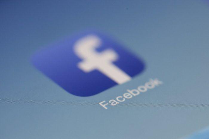 Facebook kullanıcı verisine erişimi paralı hâle getirmeyi değerlendirmiş