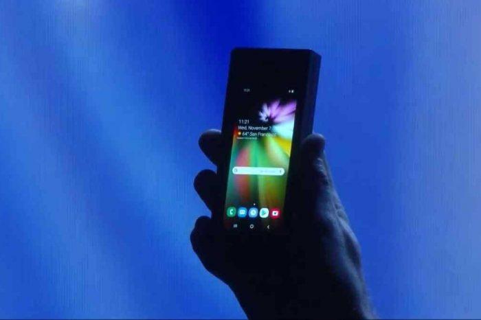 Samsung katlanabilir telefonunu 2500 doların üstünde bir fiyatla satabilir